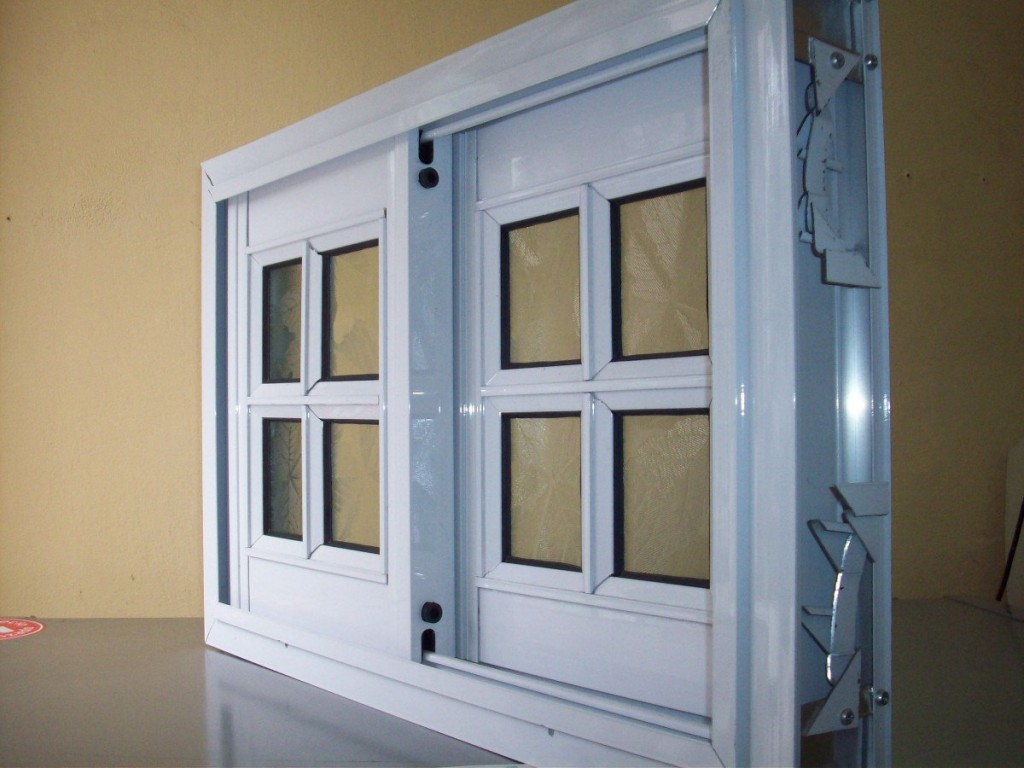 Carpinter a de aluminio limpiar el aluminio blanco for Como fabricar ventanas de aluminio