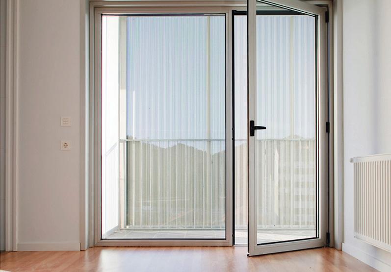 Puertas aluminio sant cugat del vall s aluminios nou stil for Puerta plegable aluminio